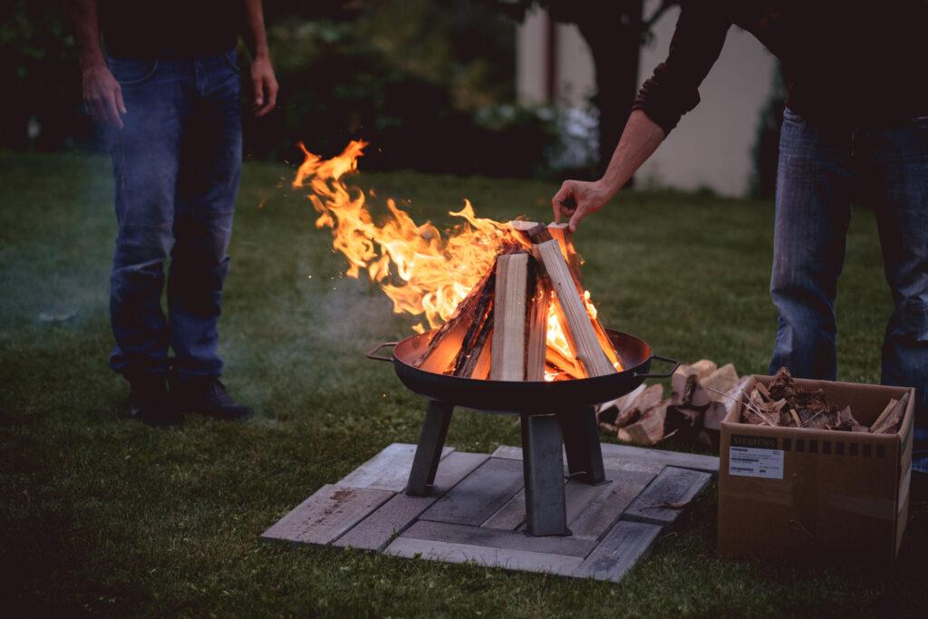 vuurschaal met barbecue